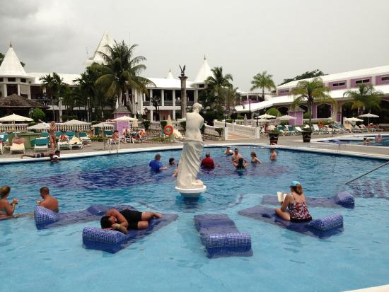 riu tropical palace jamaica reviews