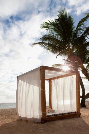 outrigger mauritius beach resort reviews
