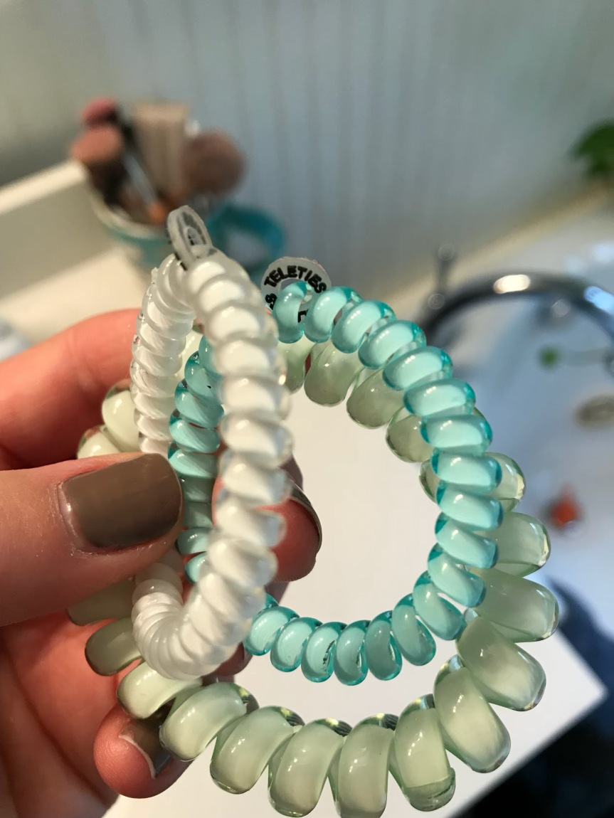 phone cord hair tie review