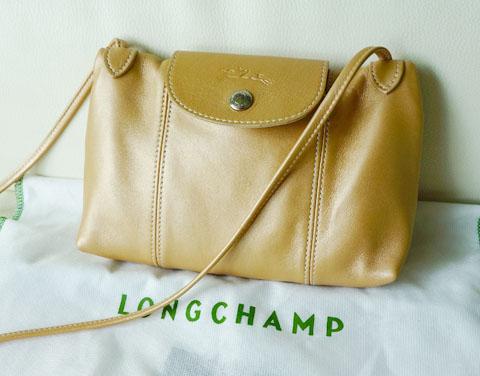 longchamp le pliage cuir crossbody bag review